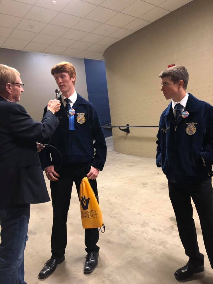 FFA members interviewed on radio